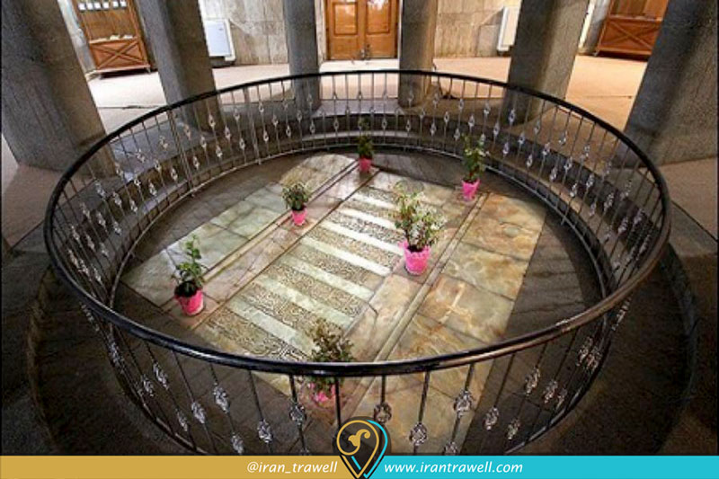 مقبره این سینا