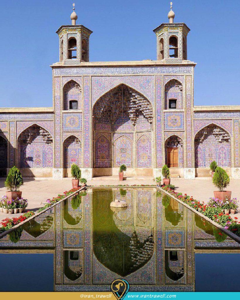 نمای حیاط مسجد نصیر الملک