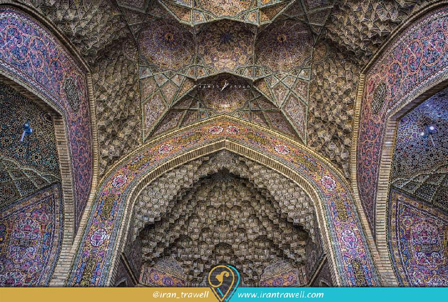 مقرنس کاری های مسجد نصیر الملک