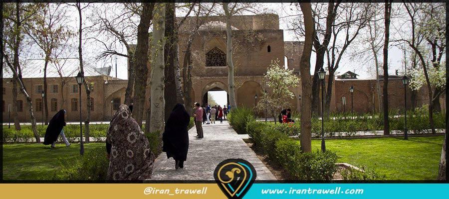 دولت خانه صفوی قزوین