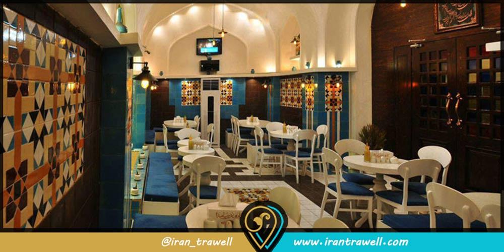 رستوران های معروف یزد - کافه پناهنده
